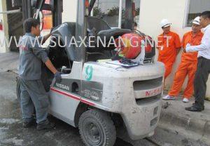 Các bước bảo dưỡng và sửa chữa xe nâng hàng
