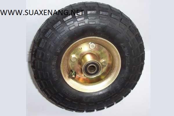 Sử dụng lốp xe nâng đúng nâng cao tuổi thọ