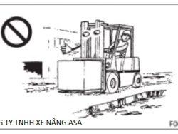 Cách tránh lật xe và xử lý khi xe nâng bị lật phần II