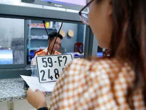 Mức thu phí biển số xe ô tô đăng ký mới có sự khác nhau tùy vào khu vực các tỉnh thành