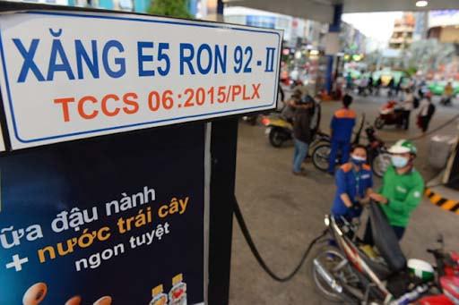 Xăng E5 được cấu thành từ 95% xăng Ron 92 và 5 % Ethanol