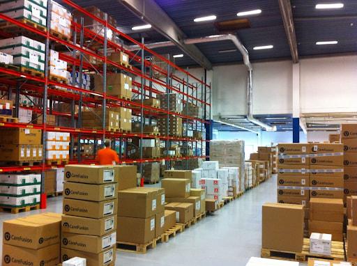 Warehouse có chức năng bảo quản hàng hóa của doanh nghiệp