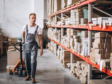 Phải thực hiện việc sắp xếp hàng hóa trong kho theo hướng dẫn của nhà sản xuất